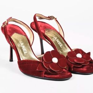 Shoes - ***AVAILABLE*** CHANEL sandals barely worn.